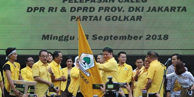 """Salut Fadli Zon Berani Membelot Dan Beralih Mendukung Prabowo """"Golkar Pinggiran"""""""