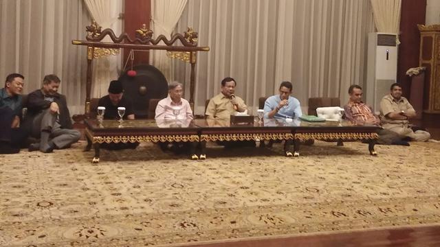 Mengapa Kwik Kian Gie lebih memilih Prabowo ?