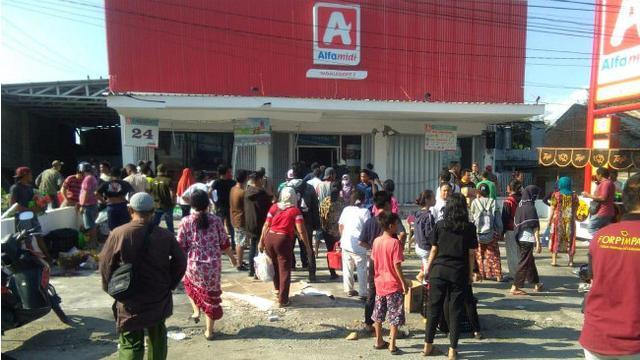 Korban gempa zarah minimarket, Pemerintah : Kita Bayar