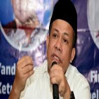 Fahri Hamzah mengaku diintai pemerintah karena kritik pedasnya