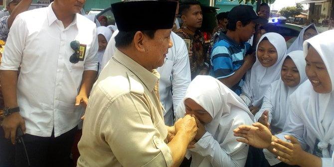 Prabowo kunjungi Ponpes As-Shodiqiyah