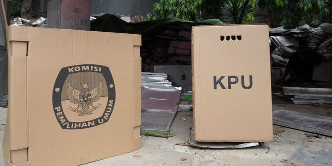 Kotak suara dari karton, KPU buka suara