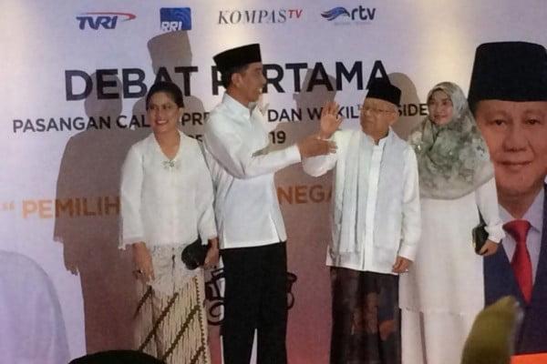 Debat capres pertama, Maruf ditegur, Prabowo dipijat Sandiaga