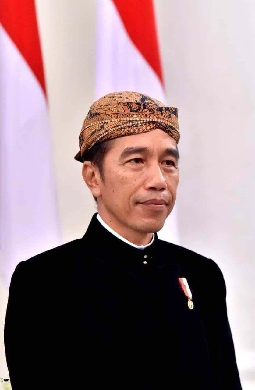 Kartu prakerja dan politik uang Jokowi