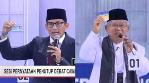 Sindir kubu Jokowi, Sandiaga pamer KTP