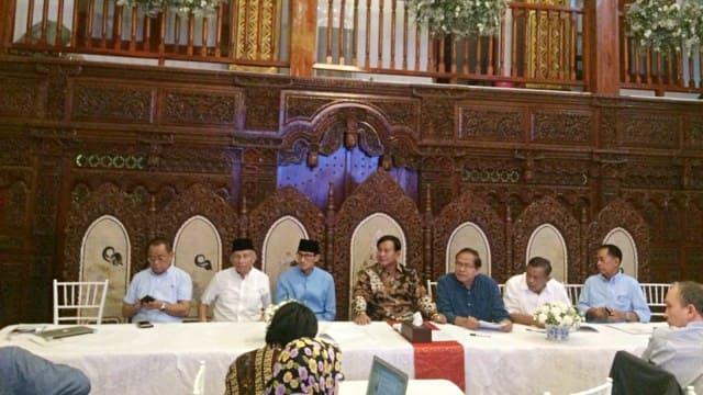 Merasa dicurangan Prabowo undang media asing
