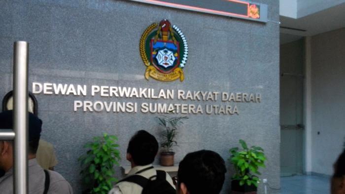 Cuma cicak yang bersih di gedung DPRD Sumut